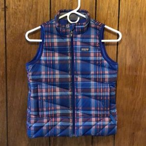 NEVER WORN Girl's Blue plaid Patagonia Vest
